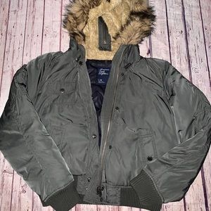 Puffer Winter Jacket American Eagle Size Large
